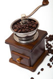 Απομονωμένος μύλος φασολιών καφέ Στοκ φωτογραφία με δικαίωμα ελεύθερης χρήσης