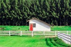 Απομονωμένο αγροτικό σπίτι Στοκ Φωτογραφία