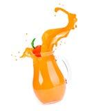 απομονωμένο ανασκόπηση λευκό παφλασμών χυμού πορτοκαλί Στοκ Εικόνες