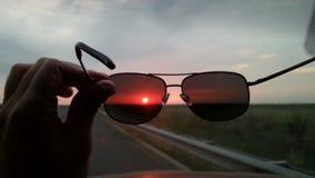 απομονωμένο γυαλιά λευκό ήλιων Στοκ Φωτογραφία