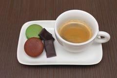 απομονωμένο λευκό μονοπατιών φλυτζανιών καφέ ανασκόπησης espresso Στοκ φωτογραφία με δικαίωμα ελεύθερης χρήσης