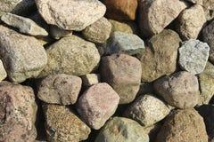 απομονωμένο λευκό πετρών αντικειμένου ανασκόπησης γρανίτης Στοκ Εικόνες