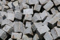 απομονωμένο λευκό πετρών αντικειμένου ανασκόπησης γρανίτης Στοκ Φωτογραφίες