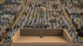 απομονωμένο λευκό Τύπου μικροφώνων ανασκόπησης διάσκεψη Στοκ Εικόνα