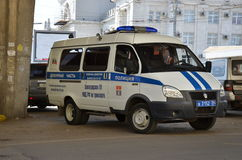απομονωμένο λευκό ύφους αστυνομίας αυτοκινήτων cartoonish εικόνα Στοκ Εικόνες