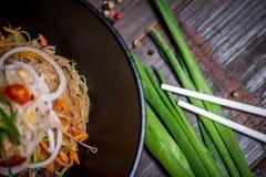 απομονωμένο κύπελλο noodles λευκό Στοκ εικόνες με δικαίωμα ελεύθερης χρήσης