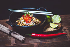 απομονωμένο κύπελλο noodles λευκό Στοκ φωτογραφίες με δικαίωμα ελεύθερης χρήσης