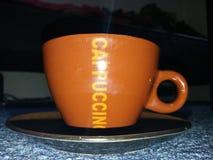 απομονωμένο λευκό μονοπατιών καφέ cappuccino ανασκόπησης φλυτζάνι Στοκ εικόνες με δικαίωμα ελεύθερης χρήσης