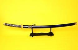 απομονωμένο ξίφος Σαμουράι Στοκ Φωτογραφίες
