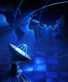 απομονωμένο δορυφορικό απεικόνιση διανυσματικό λευκό πιάτων ελεύθερη απεικόνιση δικαιώματος