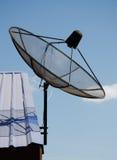 απομονωμένο δορυφορικό απεικόνιση διανυσματικό λευκό πιάτων Στοκ φωτογραφία με δικαίωμα ελεύθερης χρήσης