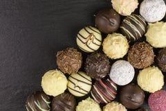 απομονωμένο σοκολάτα λευκό τρουφών Στοκ εικόνα με δικαίωμα ελεύθερης χρήσης