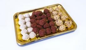 απομονωμένο σοκολάτα λευκό τρουφών Στοκ εικόνες με δικαίωμα ελεύθερης χρήσης