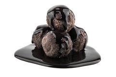 απομονωμένο σοκολάτα λευκό τρουφών Στοκ Εικόνες