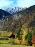Απομονωμένο σπίτι στο ορεινό χωριό Στοκ εικόνες με δικαίωμα ελεύθερης χρήσης