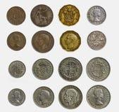 Απομονωμένο σύνολο προ-δεκαδικών αγγλικών νομισμάτων (στενός επάνω και λεπτομερής Στοκ Φωτογραφίες