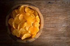 απομονωμένο τσιπ λευκό πατατών Στοκ Εικόνα