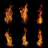 Απομονωμένο φλόγα σύνολο πυρκαγιάς απομονωμένο στο ο Μαύρος υπόβαθρο - όμορφο Στοκ Φωτογραφίες