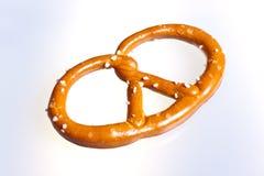 απομονωμένο pretzel λευκό Στοκ Φωτογραφία