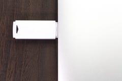 απομονωμένο usb απεικόνιση λευκό λάμψης ρυθμιστή ανασκόπησης Στοκ Φωτογραφίες