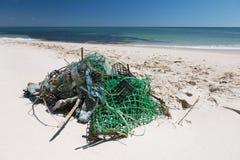 Απορρίματα στην παραλία Στοκ Εικόνα