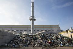 Απορρίμματα απορριμάτων απόβλητο--ενεργειακών αποβλήτων στοκ εικόνες
