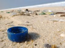 Απορρίμματα στην παραλία Στοκ φωτογραφία με δικαίωμα ελεύθερης χρήσης