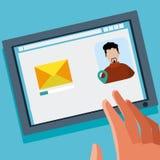 Αποστολή του ηλεκτρονικού ταχυδρομείου στην επαφή στοκ εικόνα με δικαίωμα ελεύθερης χρήσης