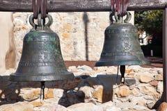 αποστολή SAN Juan capistrano Καλιφόρνιας ορείχαλκου κουδουνιών Στοκ φωτογραφία με δικαίωμα ελεύθερης χρήσης