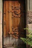 Αποσυντεθειμένη διακοσμητική πόρτα Στοκ φωτογραφία με δικαίωμα ελεύθερης χρήσης
