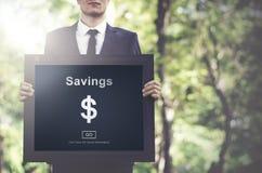 Αποταμίευση που καταθέτει την έννοια οικονομίας προϋπολογισμών χρημάτων προτερημάτων σε τράπεζα Στοκ Φωτογραφίες