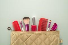 Αποτελέστε την τσάντα με τα καλλυντικά στοκ φωτογραφίες με δικαίωμα ελεύθερης χρήσης