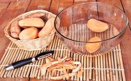 Αποφλοιώσεις γλυκών πατατών Στοκ φωτογραφία με δικαίωμα ελεύθερης χρήσης