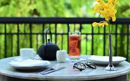 Απολαύστε το τσάι απογεύματος στοκ φωτογραφίες