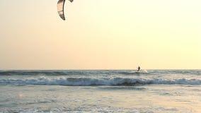 απολαύστε kiteboarder απόθεμα βίντεο