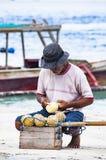 Αποδεικτική εκδοτική εικόνα Παραδοσιακή ξύλινη βάρκα στο Μπαλί Στοκ Εικόνες
