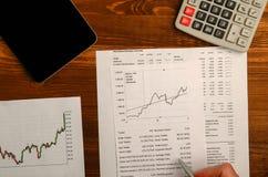 Αποδοχές από τις εμπορικές συναλλαγές στο χρηματιστήριο Στοκ φωτογραφία με δικαίωμα ελεύθερης χρήσης