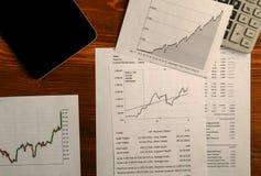 Αποδοχές από τις εμπορικές συναλλαγές στο χρηματιστήριο Στοκ φωτογραφίες με δικαίωμα ελεύθερης χρήσης
