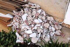 Απόβλητα κατασκευής Ένας σωρός των αποβλήτων κατασκευής, κινηματογράφηση σε πρώτο πλάνο Στοκ φωτογραφία με δικαίωμα ελεύθερης χρήσης