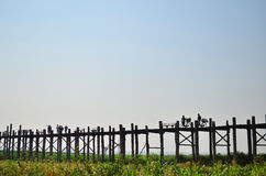 Απόγευμα στη γέφυρα u-Bein Στοκ Εικόνες