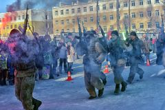 Απόδοση επίδειξης των ρωσικών προσγειωμένος στρατευμάτων στρατού μέσα Στοκ Φωτογραφία