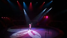 Απόδοση κλόουν στο τσίρκο φιλμ μικρού μήκους