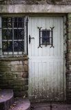 Απόκοσμη παλαιά πόρτα Στοκ φωτογραφίες με δικαίωμα ελεύθερης χρήσης