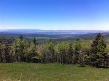 Απόμακρες θέες βουνού στοκ φωτογραφία με δικαίωμα ελεύθερης χρήσης