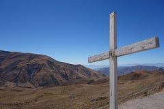 Απόμερος σταυρός πάνω από το βουνό - capilla SAN rafael, salta, Αργεντινή στοκ φωτογραφία με δικαίωμα ελεύθερης χρήσης