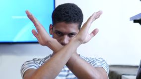 Απόρριψη, χειρονομία του αριθ. από το νέο μαύρο απόθεμα βίντεο