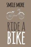 Απόσπασμα κινήτρου Συρμένο χέρι εκλεκτής ποιότητας διάνυσμα ποδηλάτων Στοκ φωτογραφία με δικαίωμα ελεύθερης χρήσης