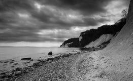 Απότομοι βράχοι κιμωλίας στο εθνικό πάρκο Jasmund, Sassnitz, νησί RÃ ¼ GEN, Γερμανία στοκ φωτογραφία με δικαίωμα ελεύθερης χρήσης