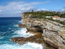 Απότομοι βράχοι κοντά στο Σίδνεϊ, Αυστραλία Στοκ φωτογραφίες με δικαίωμα ελεύθερης χρήσης