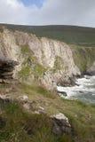 Απότομοι βράχοι σε Dunquin, Dingle χερσόνησος Στοκ Εικόνες